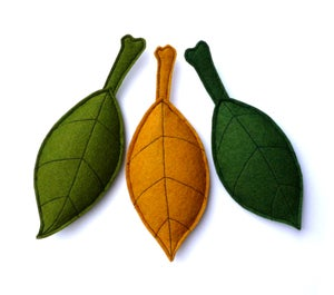 Image of 3 Leaves Organic Catnip CAT TOY Handmade by Oh Boy Cat Toy
