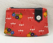 Image of Zipper Purse - In 1970's Red Flowerpot Print