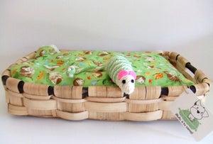 """Image of """"Chesnut Bed"""" Camita de Castaño"""