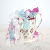 Image of Guirlande en papier de soie / silk paper garland