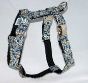 Image of Retro Leaves Blue Dog Harness