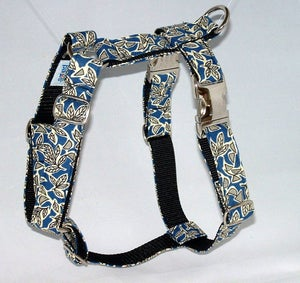 Image of Retro Leaves Blue Dog Harness in the category  on Uncommon Paws.