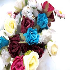 Image of Fleurs en papier / paper flowers