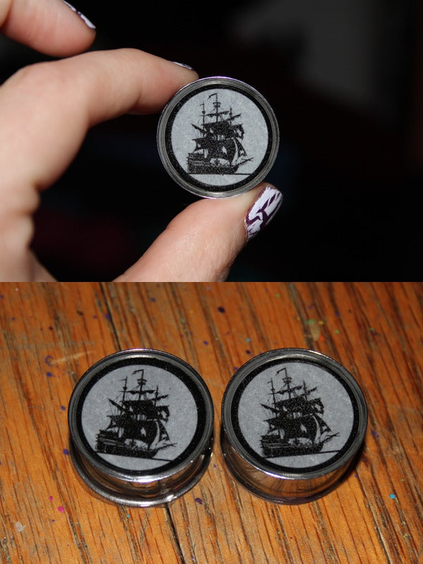 Image of Sailing Ship Plugs