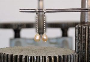 Image of Small skulls + Pearls / Calaveritas + Perlas