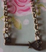 Image of Vintage Key Short Necklace