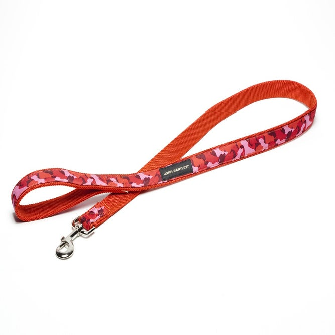 Image of pink tiny tim camou dog leash