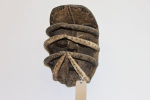 Image of RARE AFRICAN TRIBAL MASK