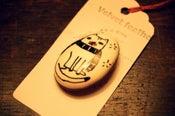 Image of Illustrated Porcelain Cat Brooch