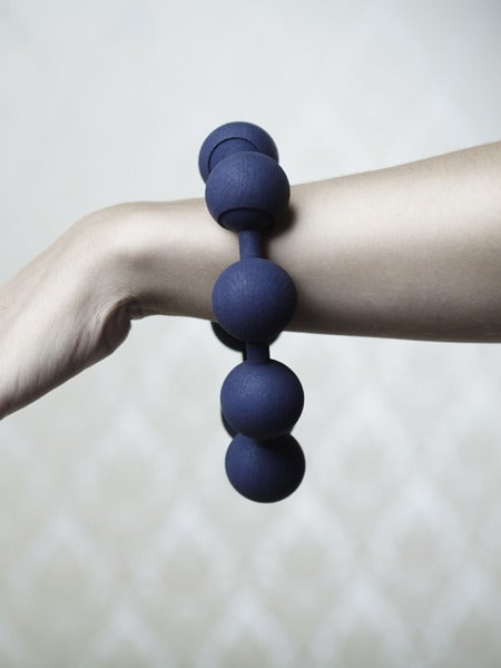 Image of Simple Large Pearl Bracelet