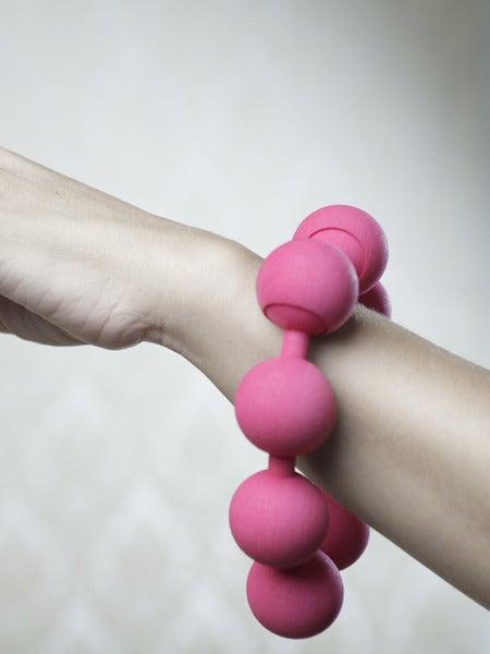 Image of Simple Large Pearl Bracelet