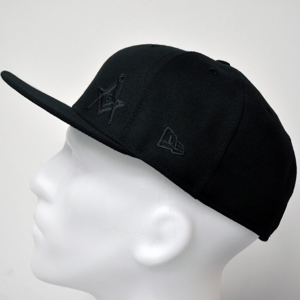 Image of New Era 5950 Fitted Cap - Black Flawless