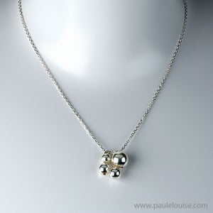 Image of Collier Nuage 4 boules