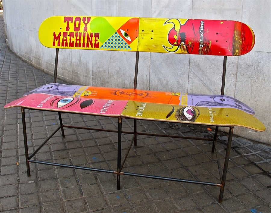 Image of SKATE BANK TOY MACHINE