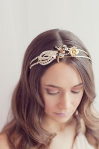 Image of Golden vintage rhinestone tiara - 026