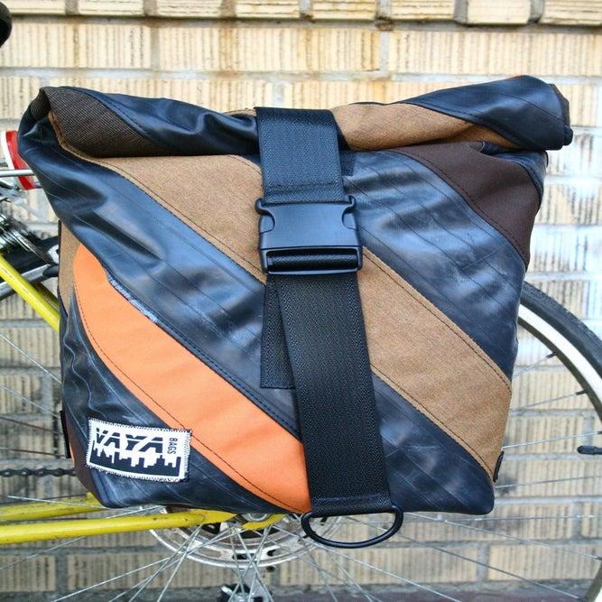 Pannier Messenger Bag Backpack Image of Pannier Messenger Bag
