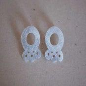 Image of cracknel earrings, big