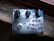 Image of DenTone 900 Pound Violin fuzz pedal