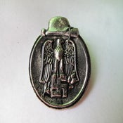 Image of German eagle badge pin