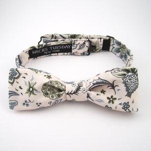 Image of Liberty Print Skinny Bow Tie