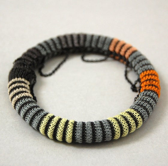 Image of Pixels Chain Bangle COLOUR 2