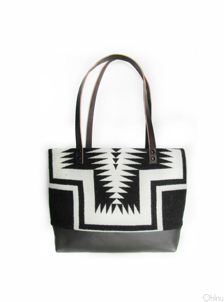 Image of Big Thunder Black and White Pendleton Wool + Leather Purse