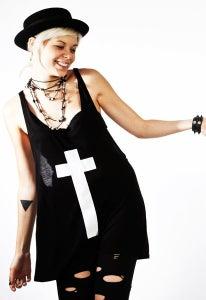 "Image of ""Cross"" Play-Shirt Tank (Black)"