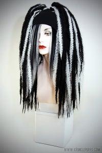 Image of BLACK/WHITE KRINKLEPUFFS