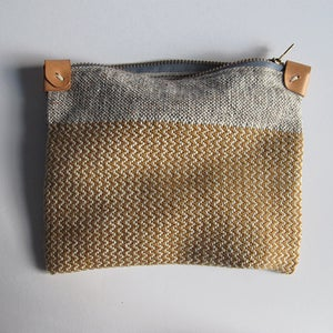 Image of Handwoven Zipper Pouch - Medium - No. 1