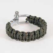 Image of Paracord Shackle Bracelet - Olive/Reflective