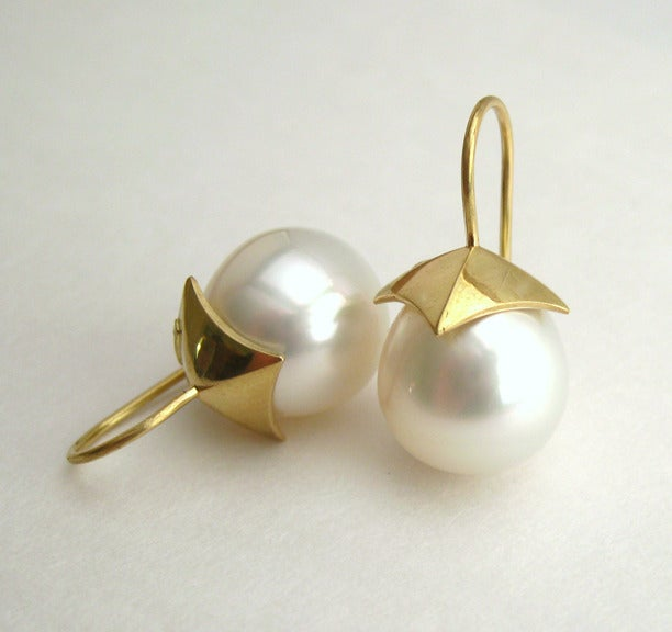Image of South Sea Pearl Pyramid 18k Gold Earrings