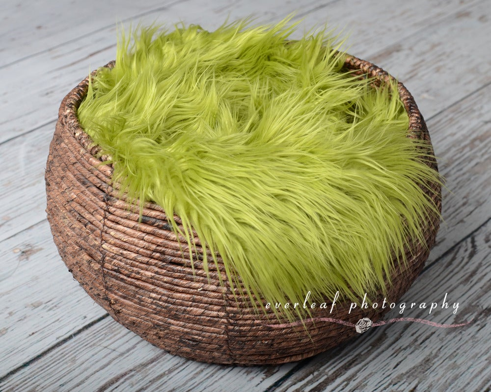 Image of Cozy faux fur nest prop - Moss Green