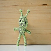 Image of Green Alien String Doll Brooch Pin