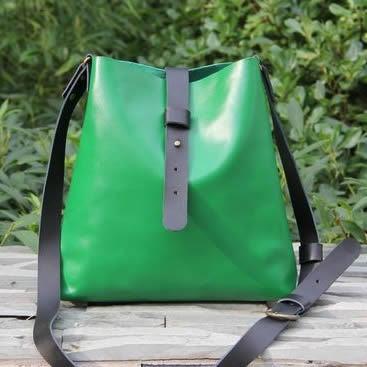 Image of Handmade Artisan Genuine Leather Messenger Bag Satchel in Green - Pail Bag - Unisex (m15)