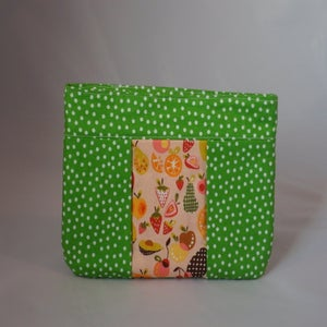 Image of Green Polka Dot Zipper Pouch