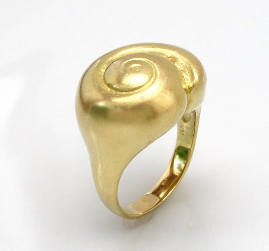 Image of Bold Snail Shell Ring 18k
