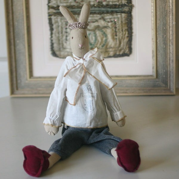 Image of Prince Rabbit (Medium)