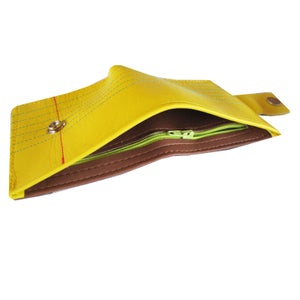 Image of Legal) Bifold Wallet With Snap (Plus Zipper)