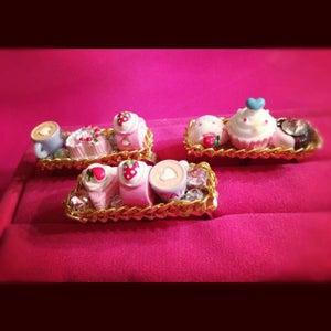 Image of Cheryl's Dope Two Finger Cake Dessert Rings