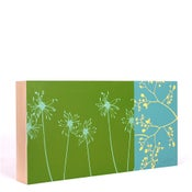 Image of Grass with Floral 18 x 9