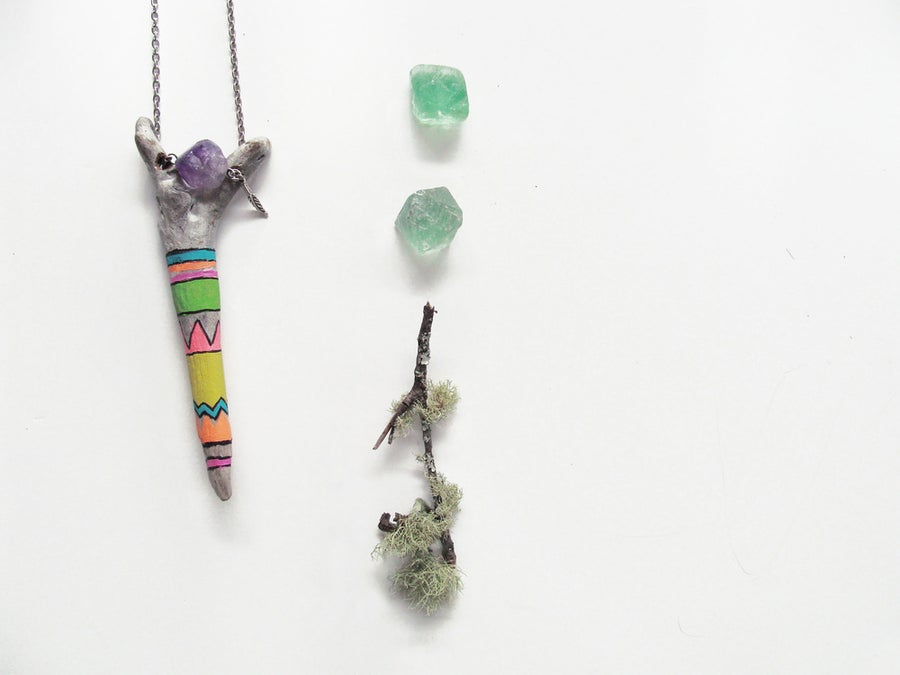 Image of Hand painted pattern driftwood & Mineral Necklace | NZ dlls
