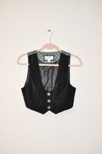 Image of le vest