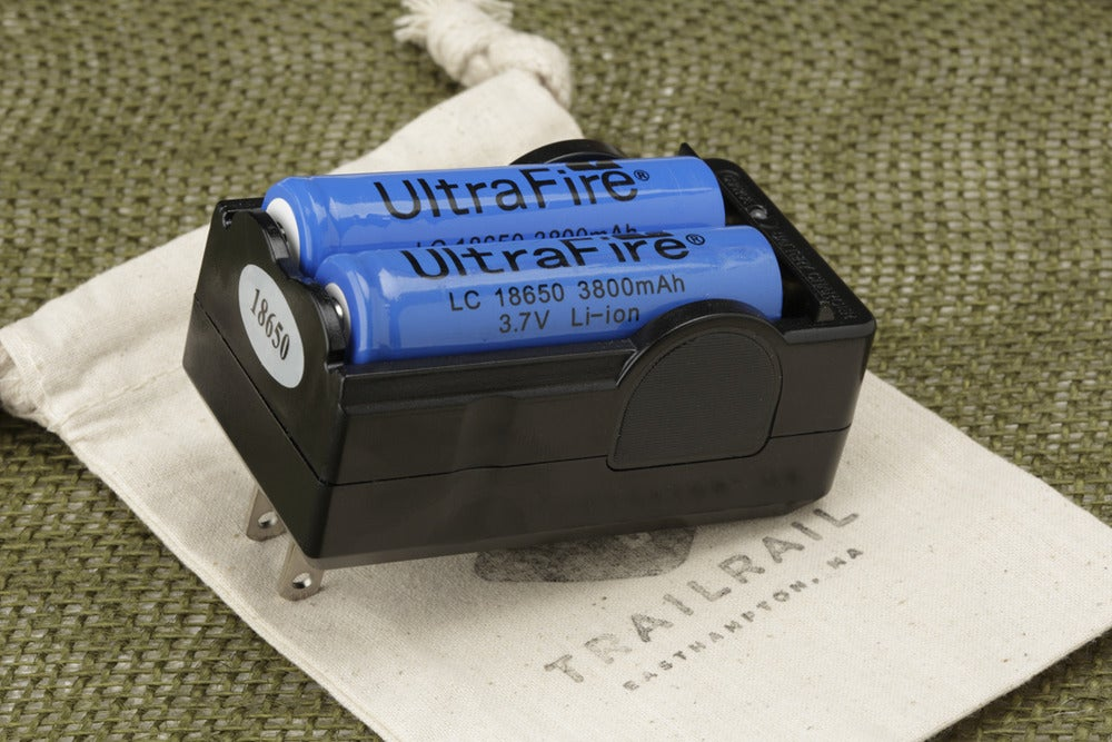 Image of BATTERY CHARGER - 18650