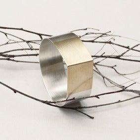 Image of Huge Drop Bracelet
