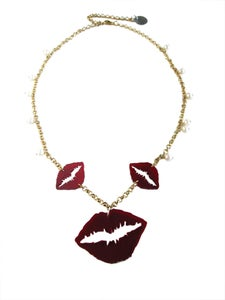 Image of Necklace of Kisses
