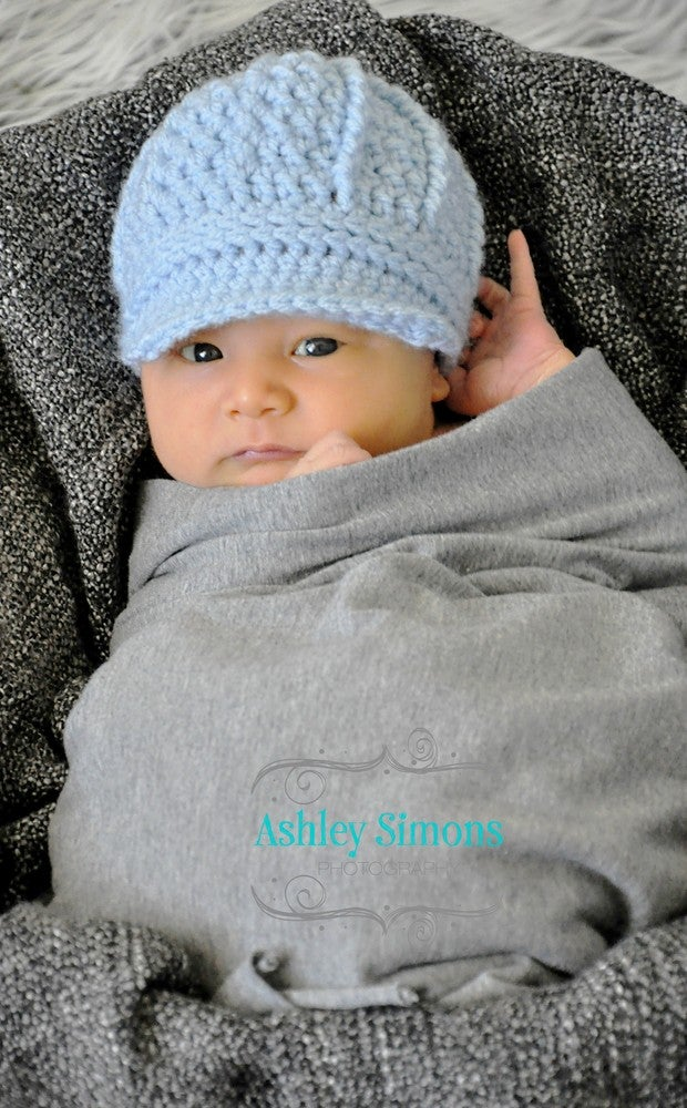 e9b8796b986 This free crochet newsboy hat pattern is both stylish and trendy. It can  also be