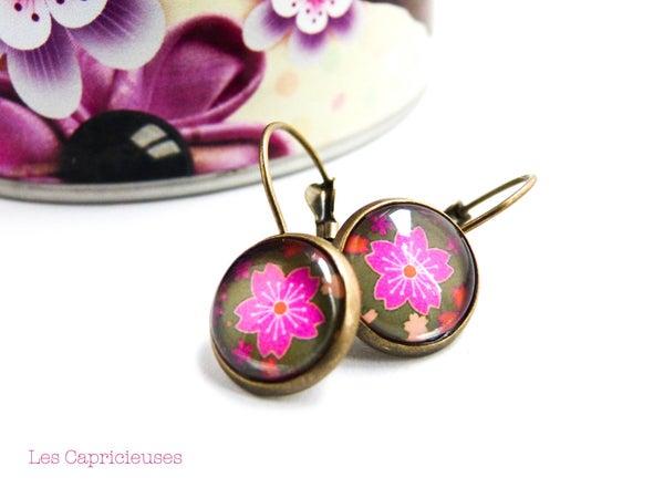 Image of Dormeuses fleurs du japon sakura roses