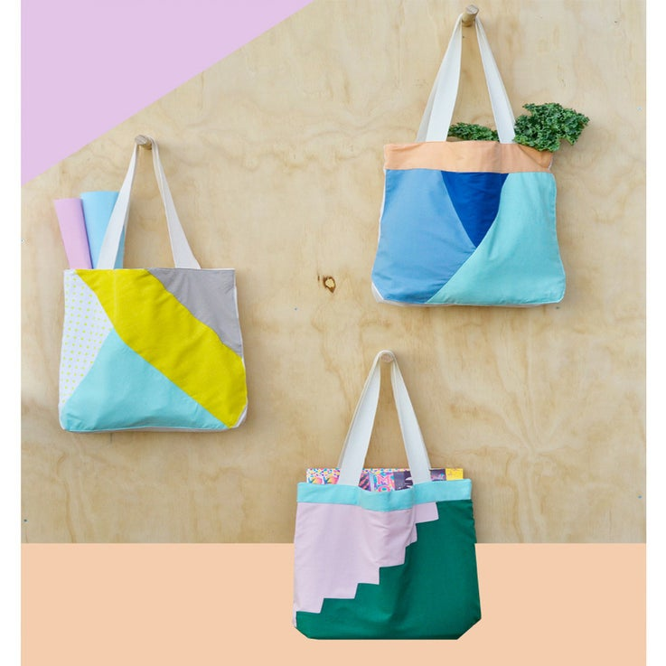 Image of APPLIQUE TOTE 1