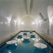 Image of Bathinghouse