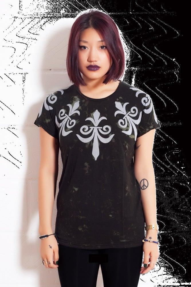 Image of Batik Smoke Fleur de Lis T
